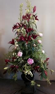 Stor dekoration i urna